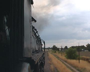 engineer's view from 3985 as 3967 nearing Greeley July 20 2003 - copyright J.McIvor 2003